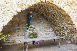 Grota Matki Bożej przy kościele św. Marcina. Jawor.