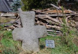 Przydrożny krzyż pokutny. Okrzeszyn, gmina Lubawka, powiat kamiennogorski.