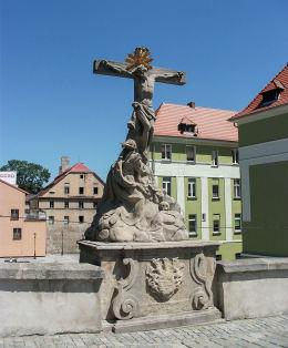 Chrystus ukrzyżowany i św. Maria Magdalena z 1734 r. na Moście św. Jana. Kłodzko, powiat kłodzki.