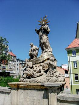 Figura św. Franciszka Ksawerego z 1714 r. na Moście św. Jana. Kłodzko, powiat kłodzki.