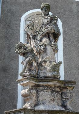 Barokowa figura św. Jana Nepomucena. Mirsk, powiat lwówecki.
