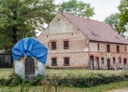 Przydrożna kapliczka murowana. Wirki, gmina Marcinowice, powiat świdnicki.
