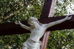 Krzyż przydrożny, drewniany. Kowalowa, gmina Mieroszów, powiat wałbrzyski.