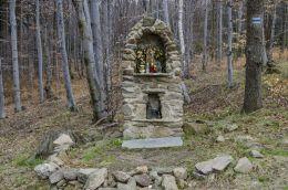Kapliczka przydrożna murowana. Podlesie, gmina Walim, powiat wałbrzyski.