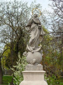 Barokowa figura Matki Boskiej na Moście Żagańskim. Kożuchów, powiat nowosolski.