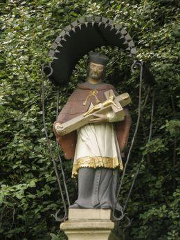 Przydrożna figura św. Jana Nepomucena. Łętownia, gmna Jordanów, powiat suski.
