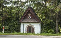 Kapliczka przydrożna. Czarna Góra, gmina Bukowina Tatrzańska, powiat tatrzański.