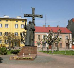 Pomnik błogosławionego o.Honorata Koźmińskiego. Nowe Miasto nad Pilicą, powiat grójecki.