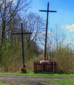 Przydrożne krzyże. Nowa Dąbrowa, gmina Leoncin, powiat nowodworski.