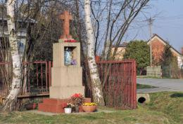 Przydrożna kapliczka u zbiegu ulic Potkańskiego i Podleśnej. Radom, Rajec Poduchowny, Radom.