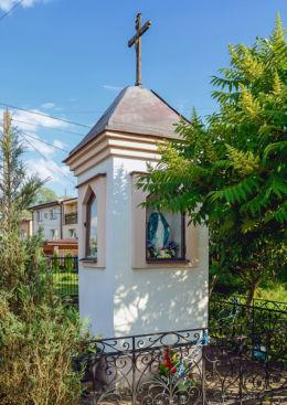 Kapliczka przydrożna. Truskaw, gmina Izabelin, powiat warszawski zachodni.