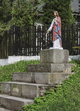 Przydrożna figura Chrystusa Grapice, gmina Potęgowo, powiat słupski.
