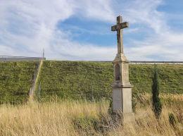 Krzyż Boża Męka z 1927 r. Fundator Johann u. Marie Borschek a domu Nierichlo. Gliwice, Bojków, Gliwice.