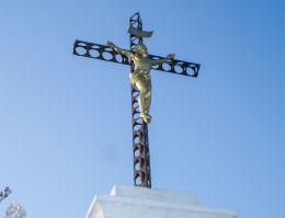 Krzyż z Matką Boską z 1888 r. Mikołów, Bujaków, powiat mikołowski.
