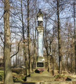 Przydrożna figura św. Jana Nepomucena. Grzawa, gmina Miedźna, powiat pszczyński.