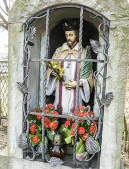 Przydrożna figura św. Jana Nepomucena. Piasek, gmina Pszczyna, powiat pszczyński.