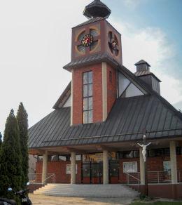Krzyż drewniany wzniesiony w 1997 r. Bełk, gmina Czerwionka Leszczyny, powiat rybnicki.