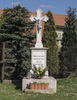 Krzyż przydrożny. Miedary, gmina Zbrosławice, powiat tarnogórski.