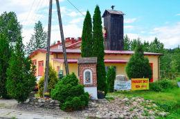 Kapliczka przydrożna z przełomu XIX i XX w. Kieźliny, gmina Dywity, powiat olsztyński.