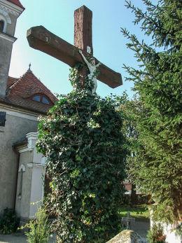 Krzyż z ukrzyżowanym Chrystusem z 1 poł. XIX w. Jurkowo, gmina Krzywiń, powiat kościański.