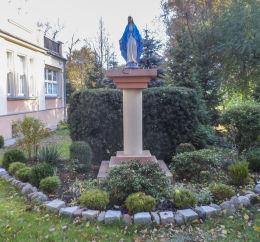 Przydrożna kapliczka kolumnowa z figurą św. Maryi Leszno, Leszno.