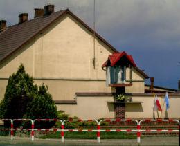 Przydrożna kapliczka Matki Boskiej. Belęcin, gmina Siedlec, powiat wolsztyński.