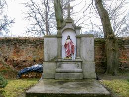 Dawny grobowiec, dziś kapliczka Chrystusa na cmentarzu przykościelnym. Krajenka, powiat złotowski.
