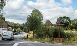 Krzyż przydrożny, drewniany. Olszyniec, gmina Walim, powiat wałbrzyski.