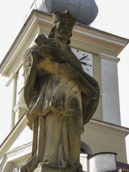 Barokowa figura św. Jana Nepomucena z 1779 r. Maków Podhalański, powiat suski.