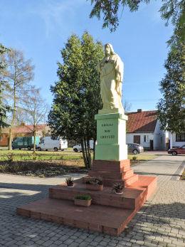 Kapliczka przydrożna z figurą Chrystusa. Przybyszew, gmina Promna, powiat białobrzeski.