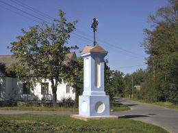 Przydrożna kapliczka z 1903 r. Lipinki, gmina Grabów nad Pilicą, powiat kozienicki.