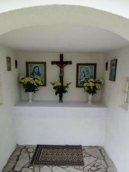 Przydrożna kapliczka. Łąka, gmina Otmuchów, powiat nyski.