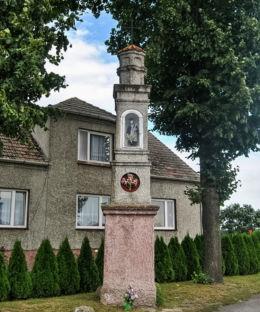 Kapliczka św. Jana Nepomucena. Uszyce, gmina Gorzów Śląski, powiat oleski.