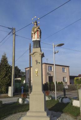 Przydrożna figura św. Jana Nepomucena z XIX w. Suszec, powiat pszczyński.