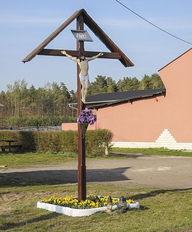Krzyż przydrożny. Nowa Wieś Tworoska, gmina Tworóg, powiat tarnogórski.