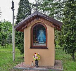 Kapliczka przy kościele św. Jacka. Rydułtowy, powiat wodzislawski.