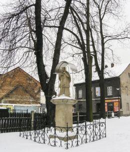 Przydrożna kapliczka z figurą św. Jana Nepomucena. Żywiec, powiat żywiecki.
