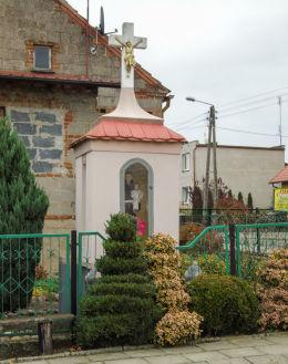 Przydrożna kapliczka św. Antoniego przy ulicy Podgórnej. Brenno, gmina Wijewo, powiat leszczyński.