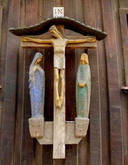Męka Pańska na ścianie drewnianego kościoła św. Jakuba. Żabno, gmina Brodnica, powiat śremski.
