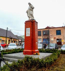 Przydrożna figura Chrystusa na Placu Kościuszki. Obrzycko, powiat szamotulski.