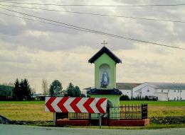 Przydrożna kapliczka Matki Boskiej. Nieborza, gmina Siedlec, powiat wolsztyński.