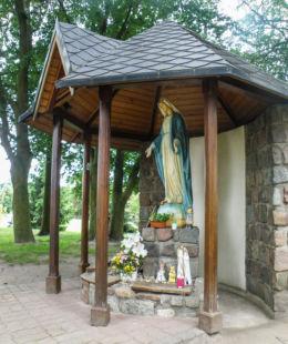 Kapliczka Matki Bożej przy kościele pw. Św. Antoniego z Padwy. Szczecin, Warszewo, Szczecin.